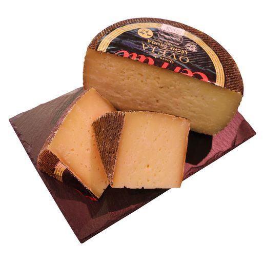 CERRATO queso viejo de leche cruda de oveja cuña (peso aprox. 350 gr)